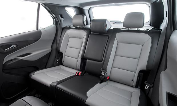 Bancos em couro com regulagem elétrica para o motorista do Chevrolet Equinox 2018