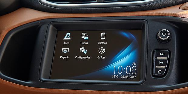 Acessar mapas e rotas no Waze com Chevrolet MyLink no carro hatch Onix Activ 2019