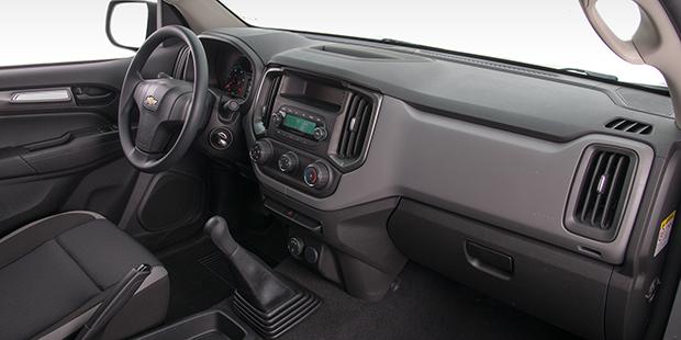 Interior nova caminhonete Chevrolet S10 Cabine Simples 2019