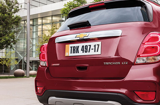 Lanternas traseiras em LED novo SUV Chevrolet Tracker 2017 vermelho