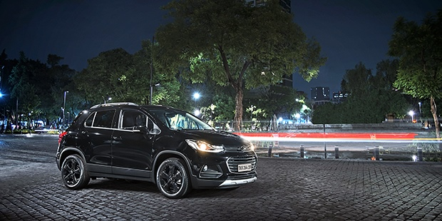 Design novo Chevrolet Tracker Midnight 2019