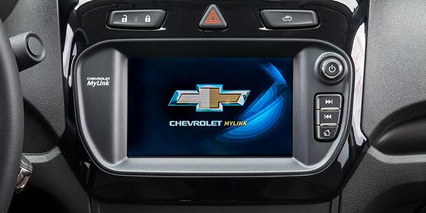 Mantenha-se sempre conectado com os serviços Chevrolet MyLink e OnStar do novo Cobalt