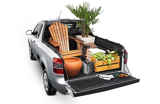 Caçamba pickup Montana para transportar materiais de jardinagem