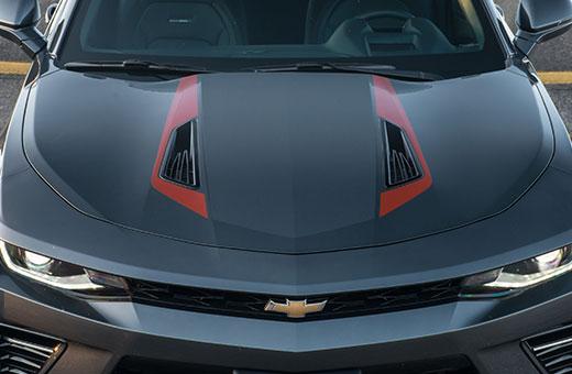 Capô do novo Chevrolet Camaro Fifty 2017