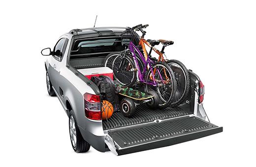 Caçamba pickup Montana para transportar materiais de lazer