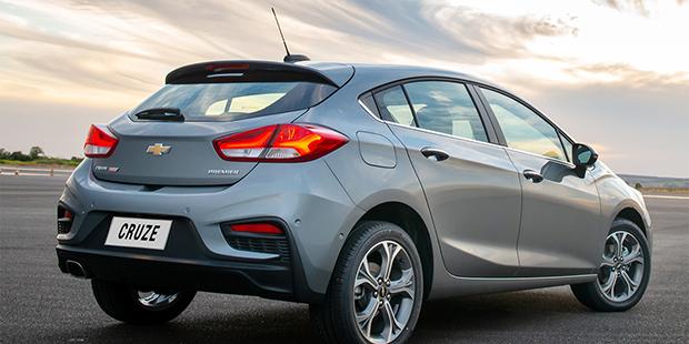 Design externo novo Chevrolet Cruze Sport6 2020