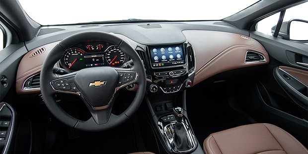 Design interno Chevrolet Cruze Sport6 2020