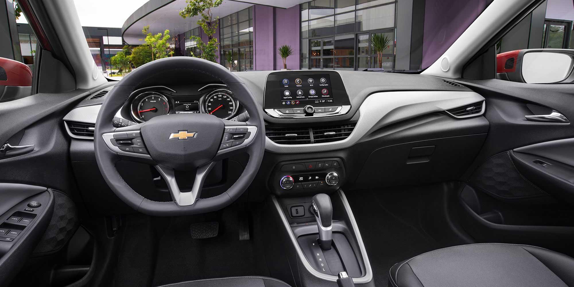 Chevrolet Onix Turbo HB - Interior